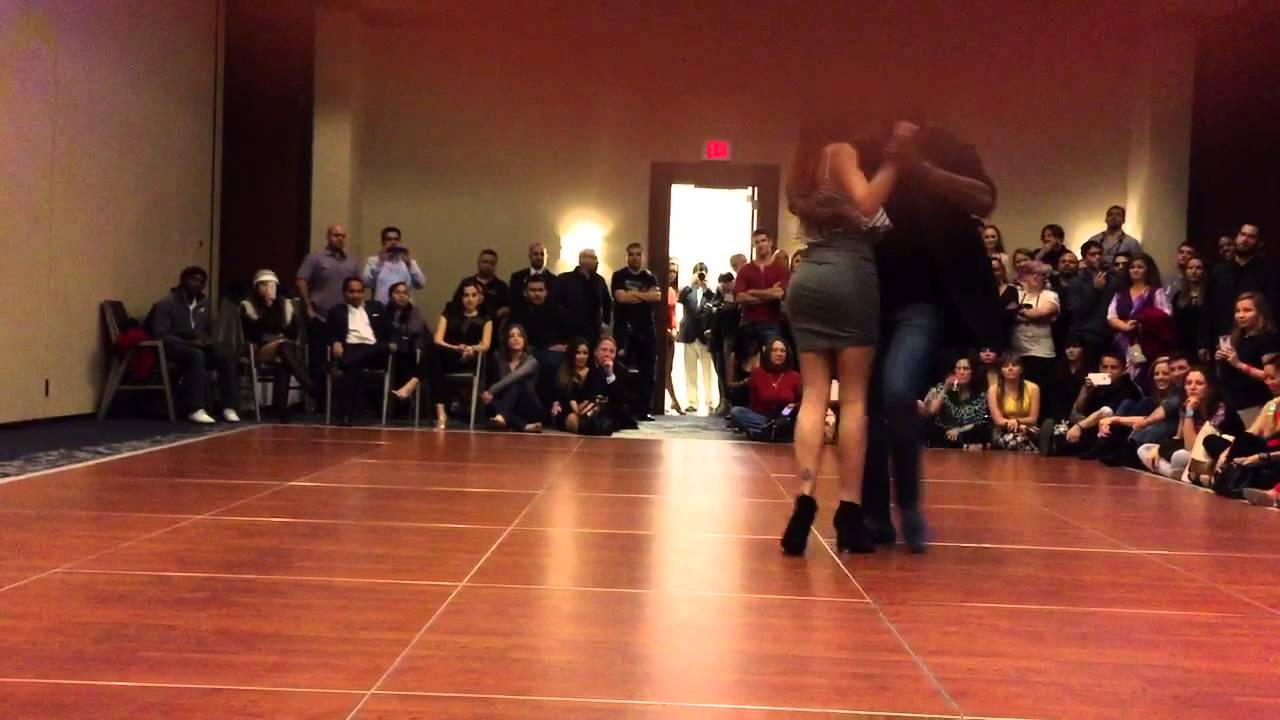 Sophie Fox and Tony Pirata Demo at HSC 2015